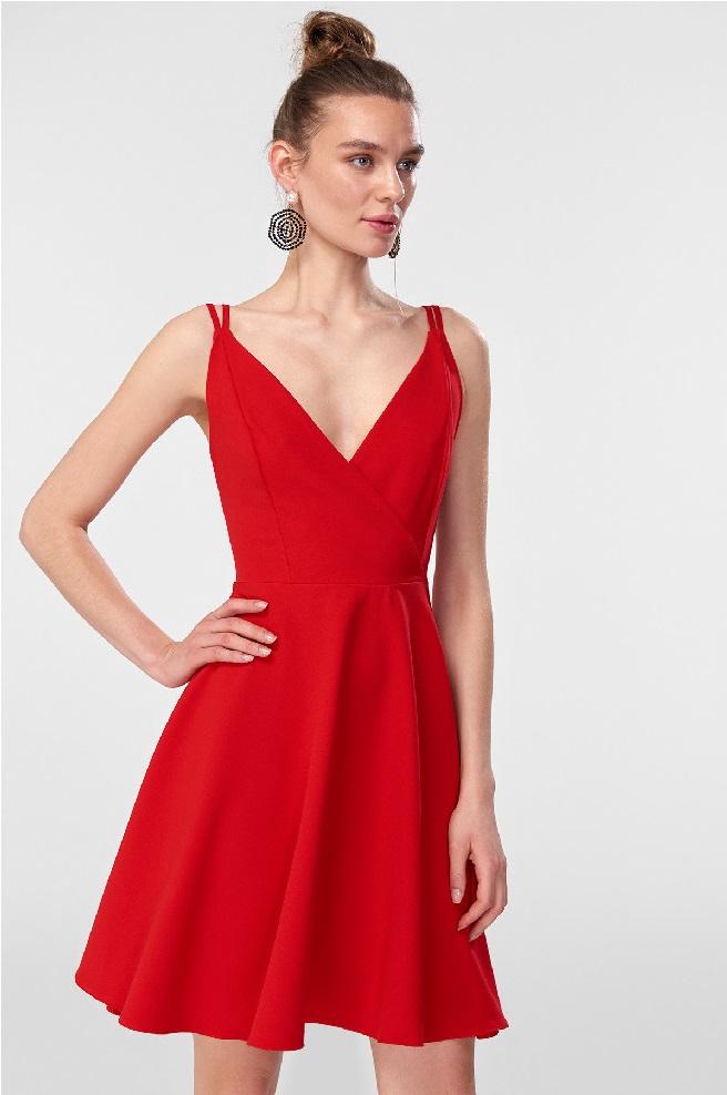 d2d116ac15cbc Kırmızı Elbise Modelleri 2018 | Dizi Kıyafetleri ve Modası